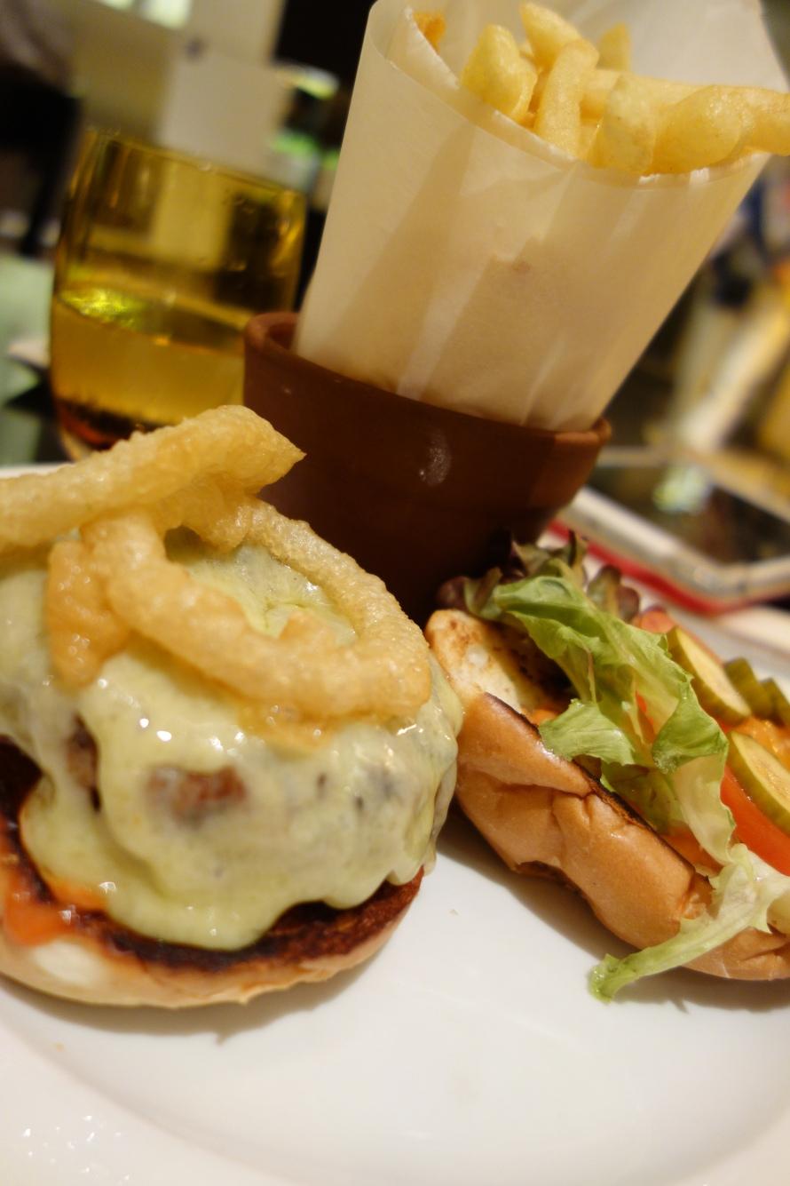 Burgerlicious - The famed Market Burger