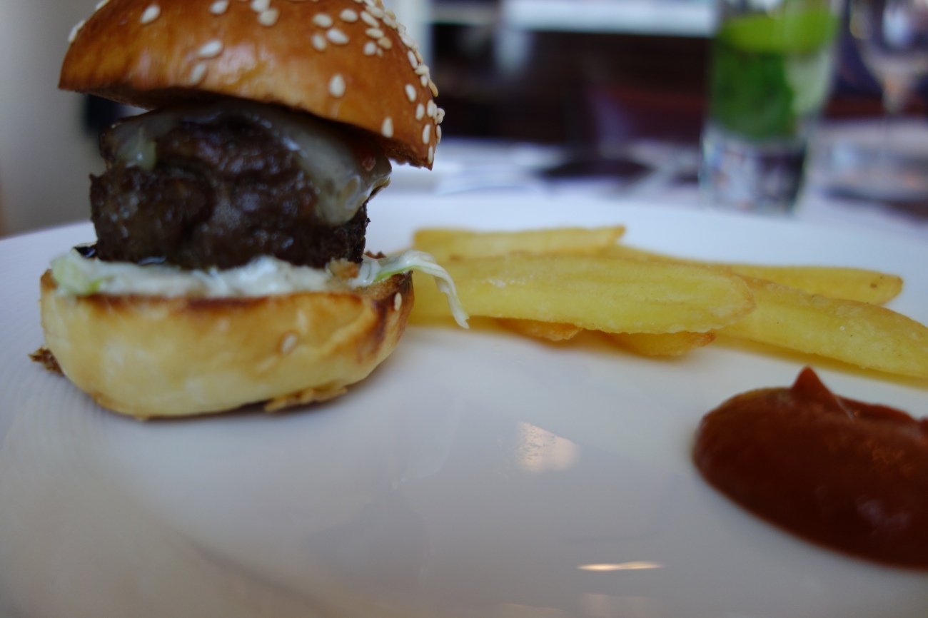 Baby Opal burger with gruyere cheese