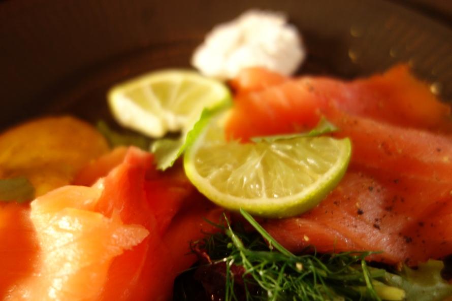 Fresh smoked salmon - how it should be eaten