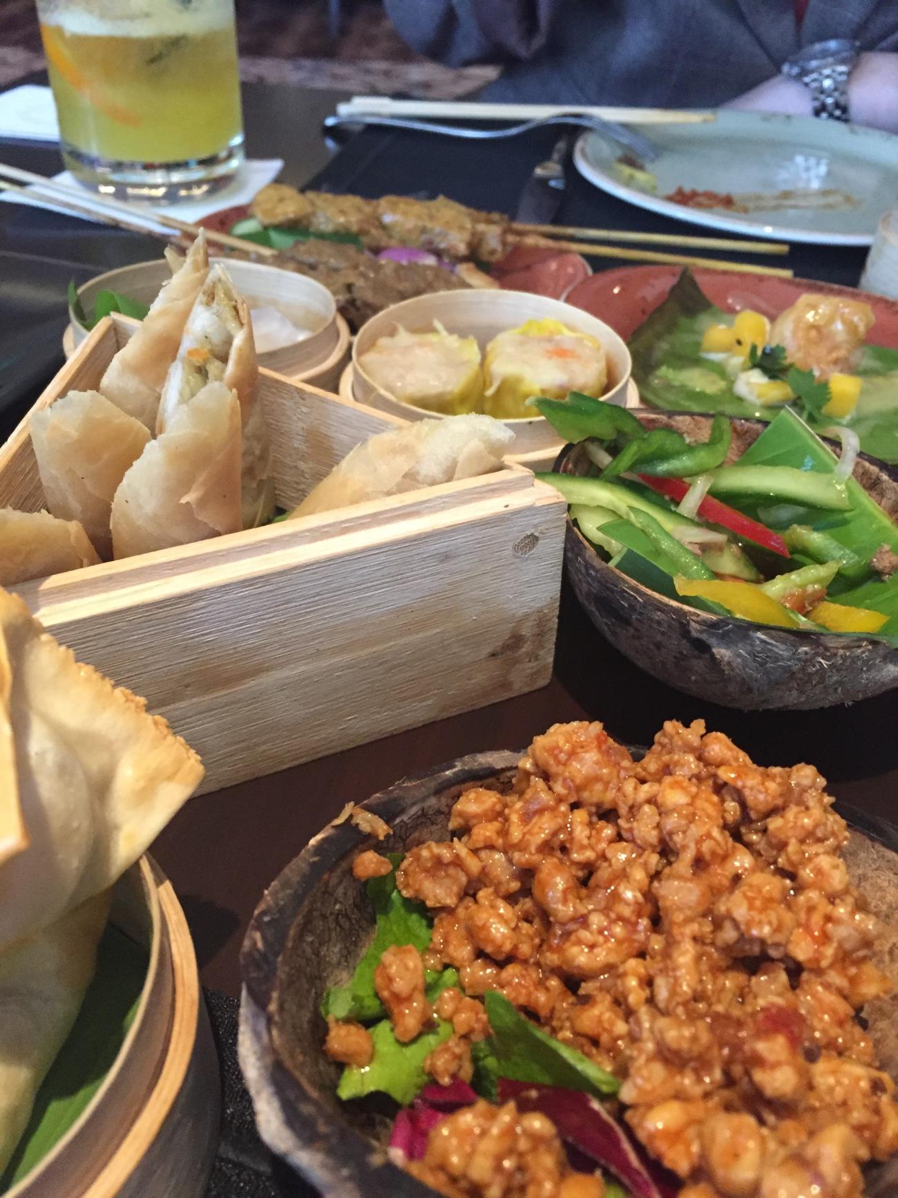 Hwang brunch food blogger