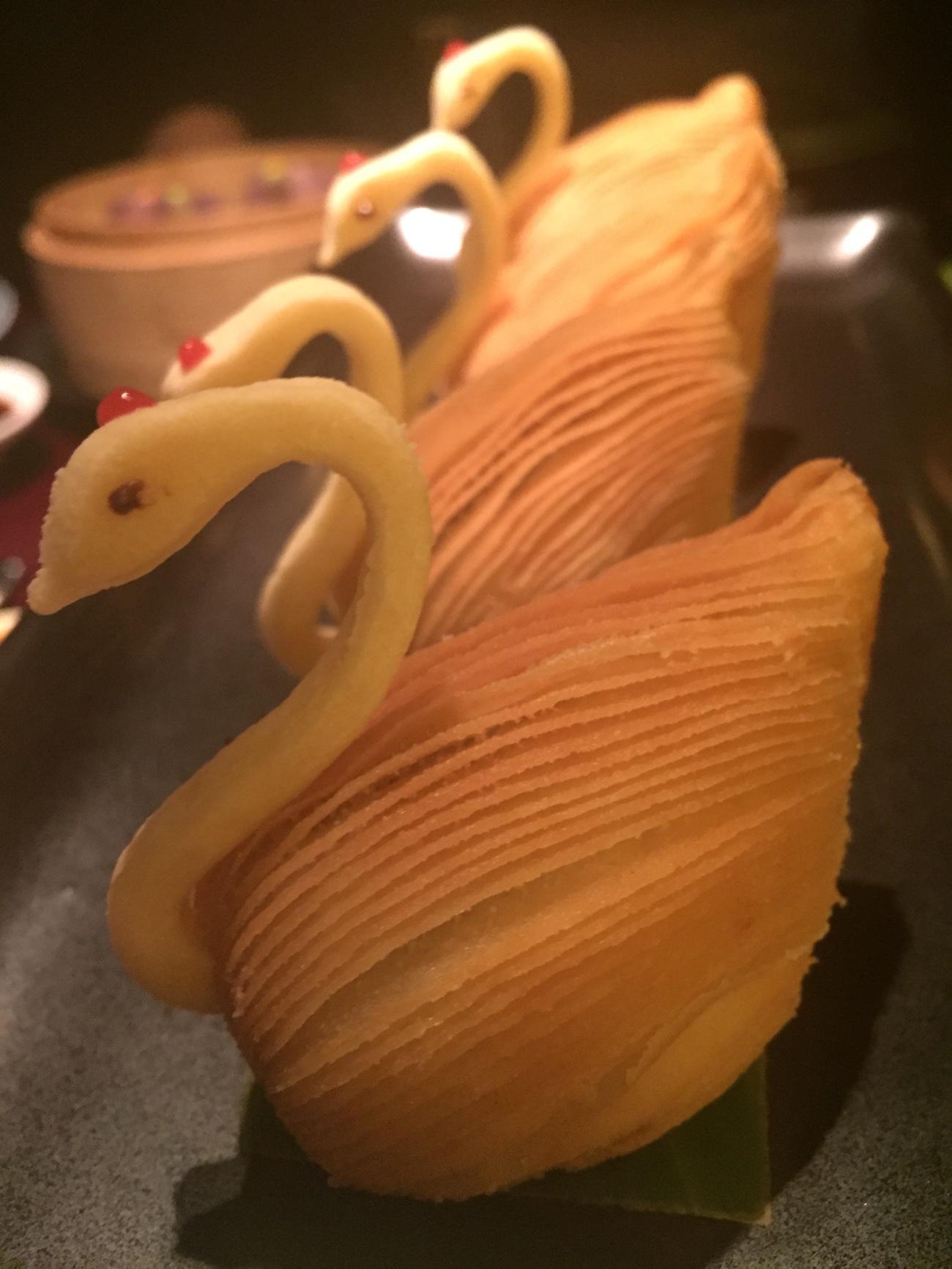 swan mushroom puff hakksan doha food blog