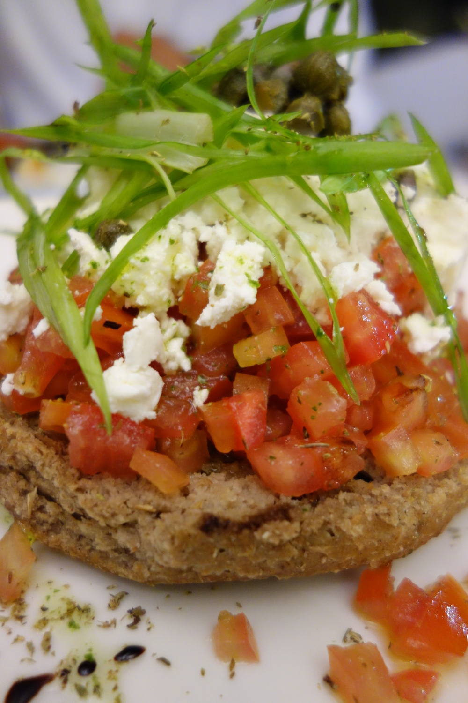 salad crete qatar food blog
